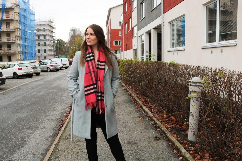 grå-höstkappa-vinterkappa-vero-moda-klassisk-kappa