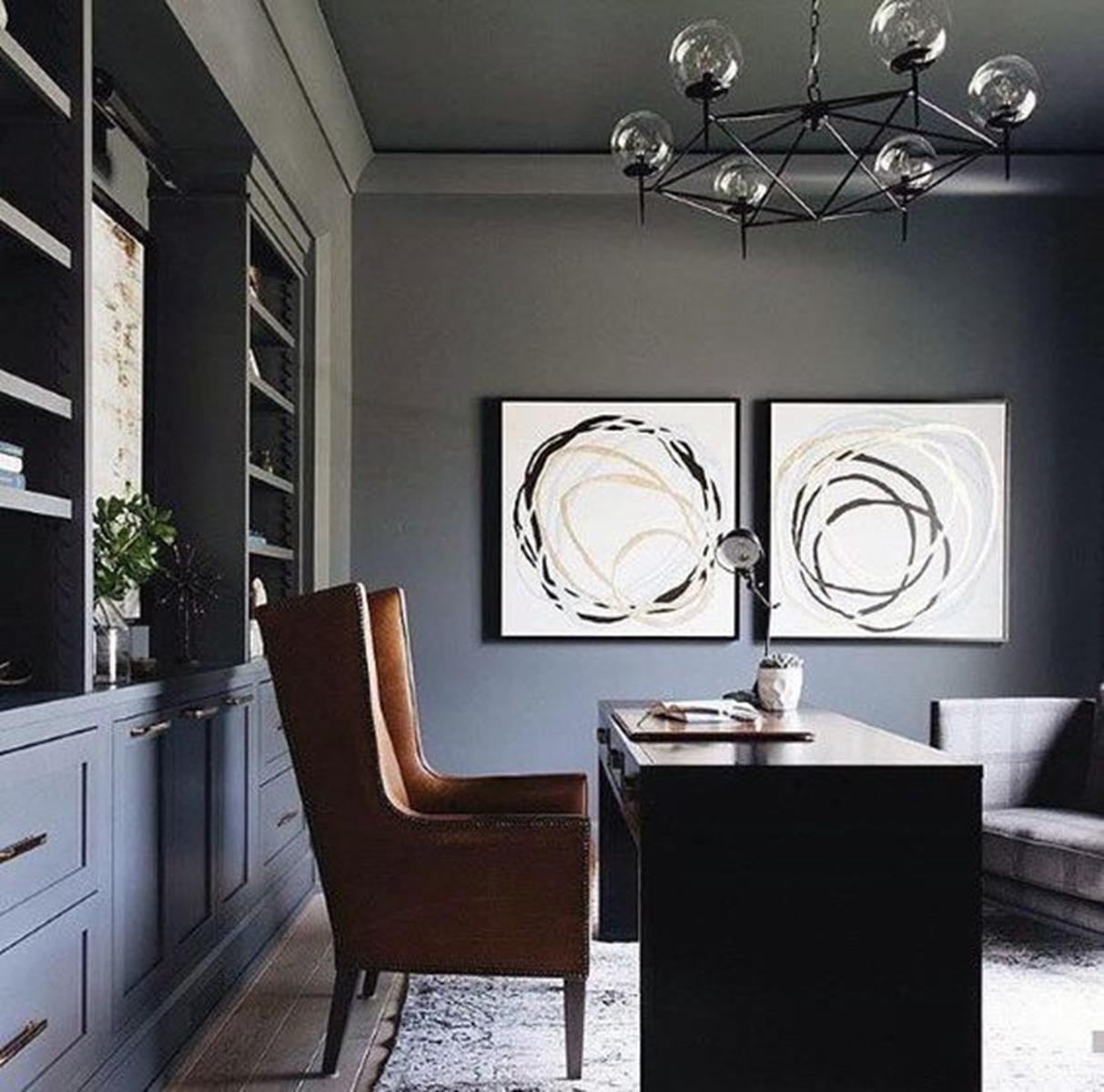 mörkt-modernt-kontor-hemmakontor-inspirerande
